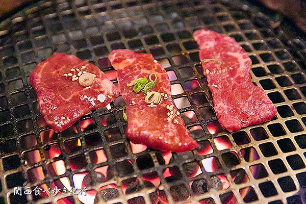 亜麻仁牛を焼き焼き