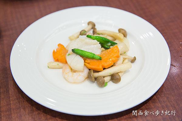 ホタテ、エビ、野菜炒め