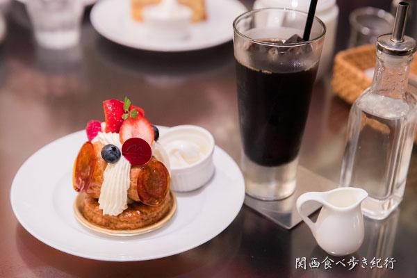 ケーキとアイスコーヒーのセット