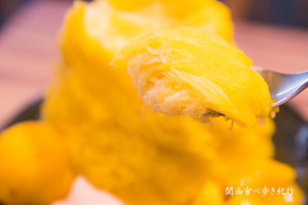 マンゴーかき氷を食べます。