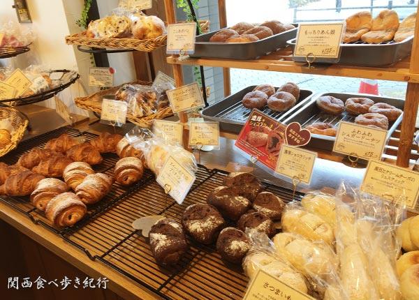 カワのパン販売コーナー
