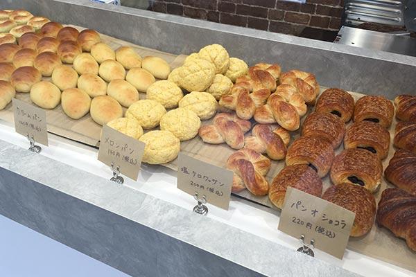 パン工房マサトの店内