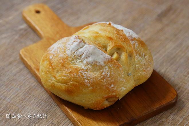 栗とさつまいものフランスパン