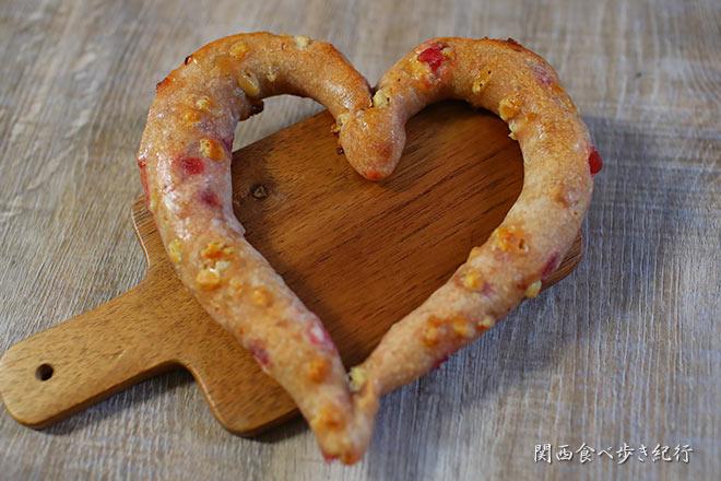 ハート形のパン・クール