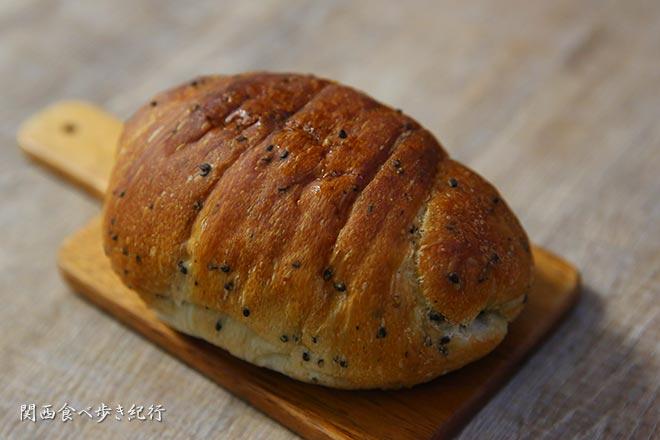 ごま塩パン