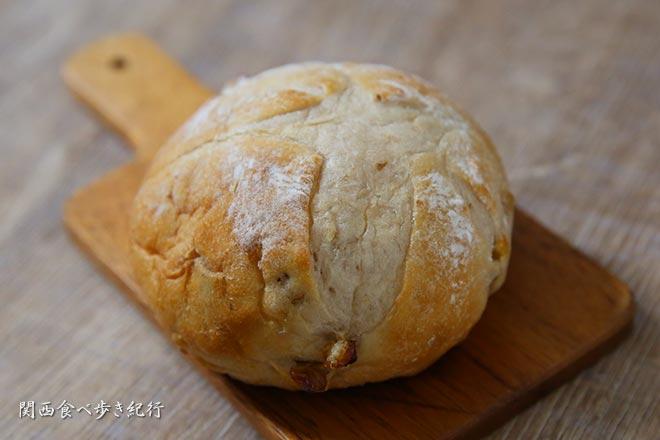 クルミのブールパン